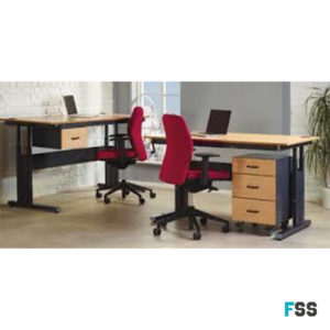Adjustable office desk